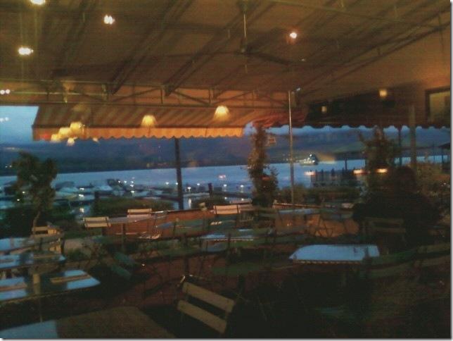 09 28 2011 Cafe Pitti