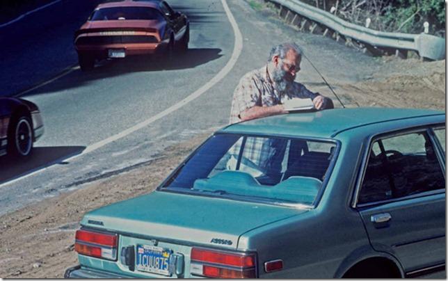 Oliver Sacks keeping a notebook