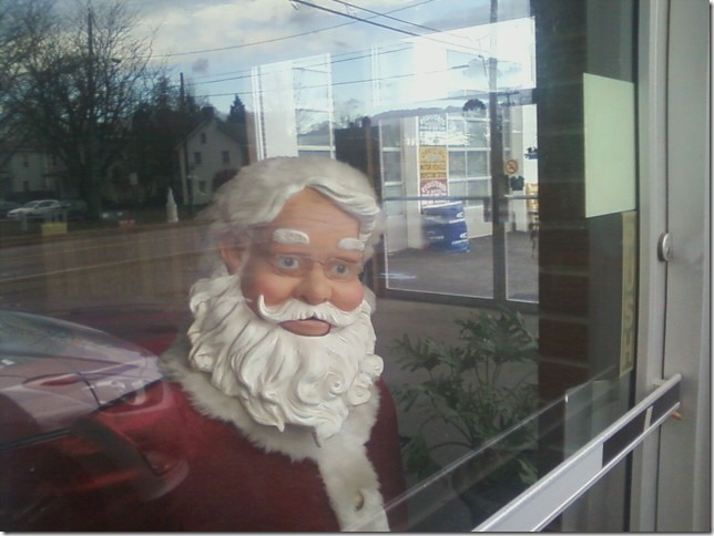 2014 12 25 Santa at Wallkill Auto