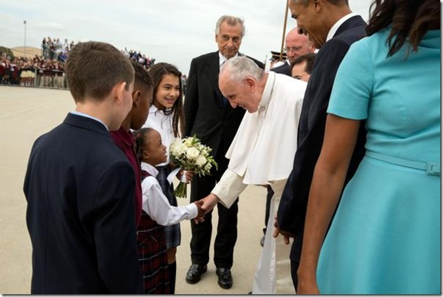 Pope Francis Vist 2015 Greeted
