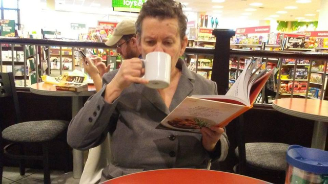 2018 11 02 Mrs M getting her chai latte fix at B and N