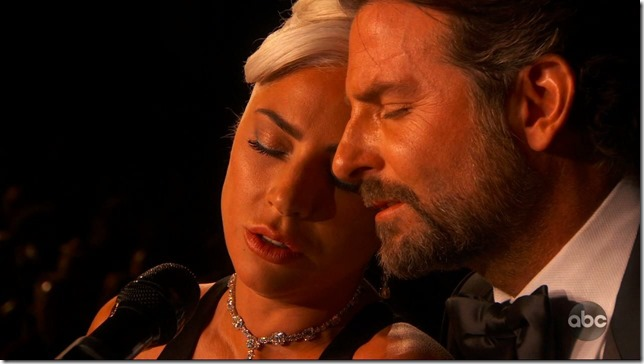 Oscars 2019 Gaga and Cooper singing Shallow