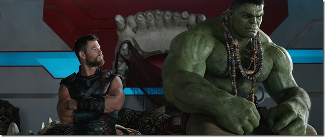 Thor Ragnarock Chris Hemsworth and Mark Ruffalo as Thor and the Hulk