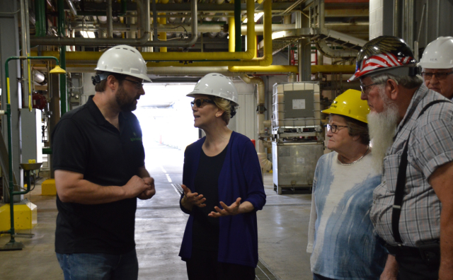 Warren Elizabeth Warren looking goofy and cool in a hardhat she tours an ethanol plant in Dyersville IA June 10 2019 via Iowa Starting Line