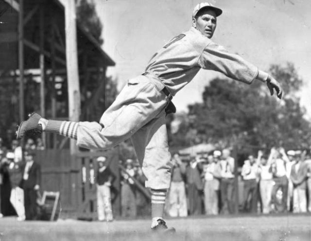 Baseball MLB NL Cardinals Dizzy Dean HOF