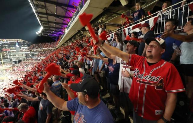Baseball MLB NL Braves Tomahawk choppers Jason Getz AJC - Edited