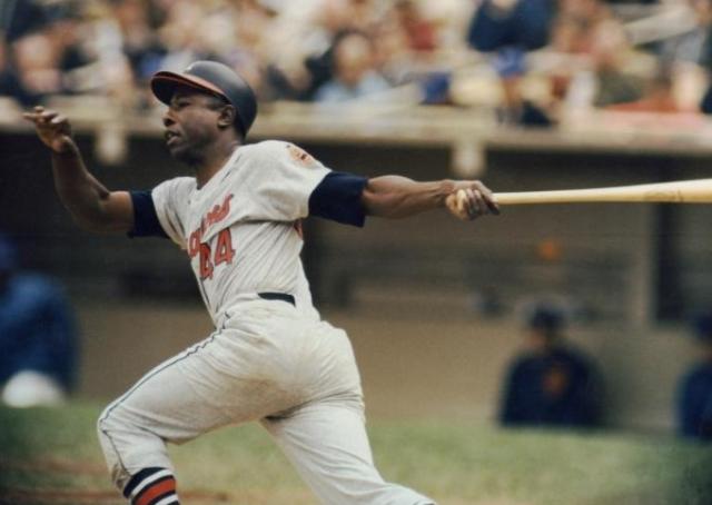 Baseball MLB NL Braves Hank Aaron circa 1964 when Braves were still in Milwaukee HOF - Edited