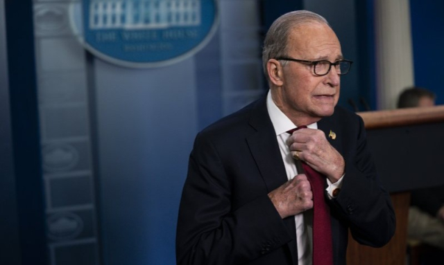 Trump Kudlow Er what I meant was White House briefing room 2 28 20 Evan Vucci AP - Edited