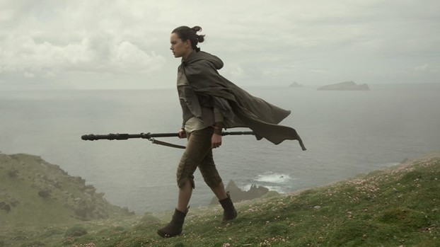 Star Wars VIII LJ Rey begins her quest - Edited