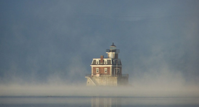 Hudson Athens Light Copyrighted photo by Paul R Abitabile HALH Preservation Society via Hudson Valley
