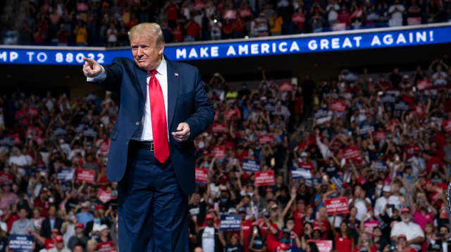 Trump Loving you just the way you are Tulsa Rally June 20 2020 Evan Vucci AP via Chicago Tribune - Edited