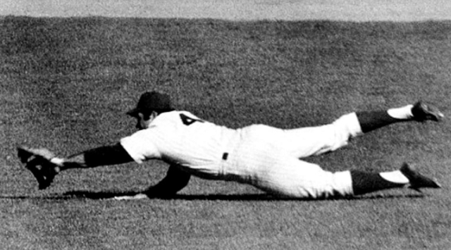 Baseball MLB World Series 1969 Mets v Orioloes Game 4 Oct 6 Swoboda makes the catch AP Photo via NOLA dot Com (2)