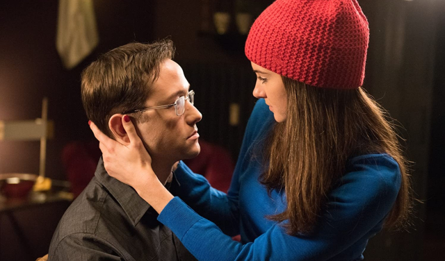 Movies and TV Snowden Along Came Lindsay Joseph Gordon Leavitt and Shailene Woodley as Ed Snowden and Lindsay Mills - Edited