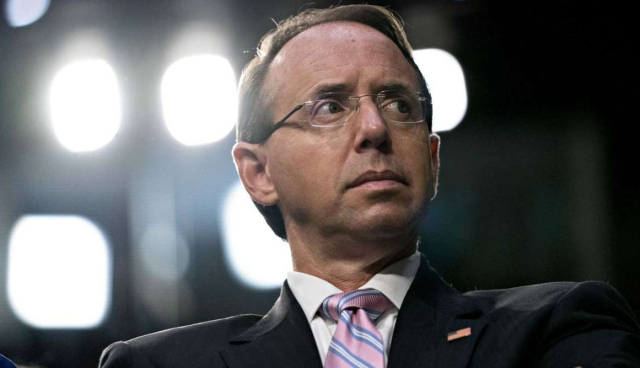 Trump Rod Rosenstein at Kavanaugh hearing 9 4 18 Andrew Harrer Bloomberg vai SF Chronicle - Edited
