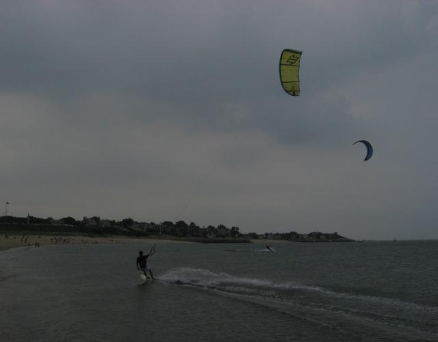 Parasurfers_02