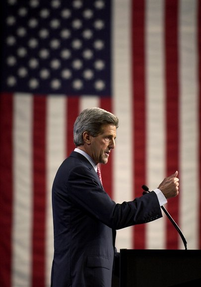Kerry_and_flag_02